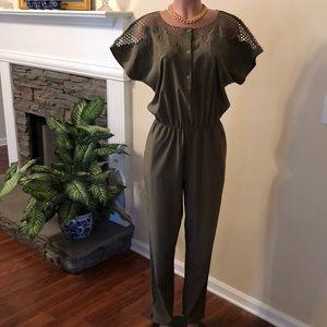 Beautiful Esley Olive Green Jumpsuit Size Medium